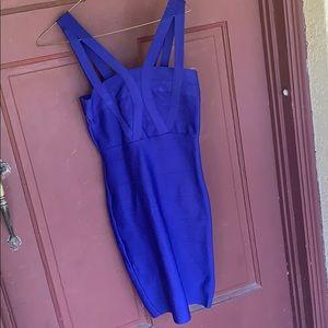 Charlotte Russe body con dress